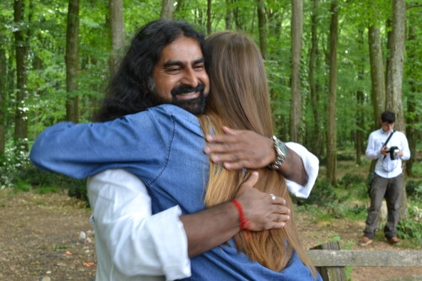 Mohanji. Hug. Andrevlje, Fruska gora national park. Mohanji Lifestyle Retreat 2013
