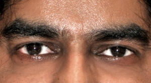 M card - eyes