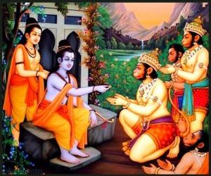 rama-gives-ring-anguleeyakam-hanuman-ramayan-desibantu