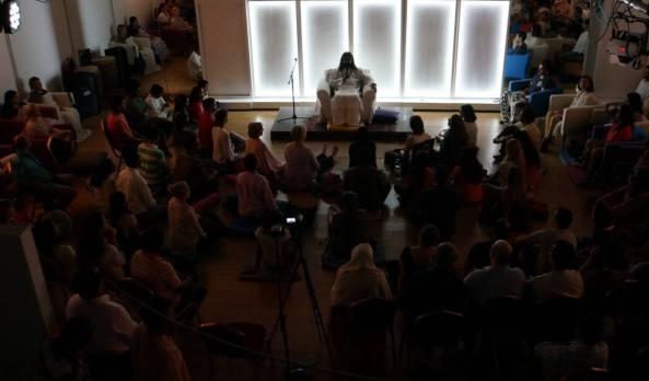 Mohanji in Dubai - satsang 15July2015
