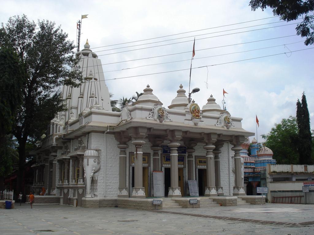 ganeshpuri-temple