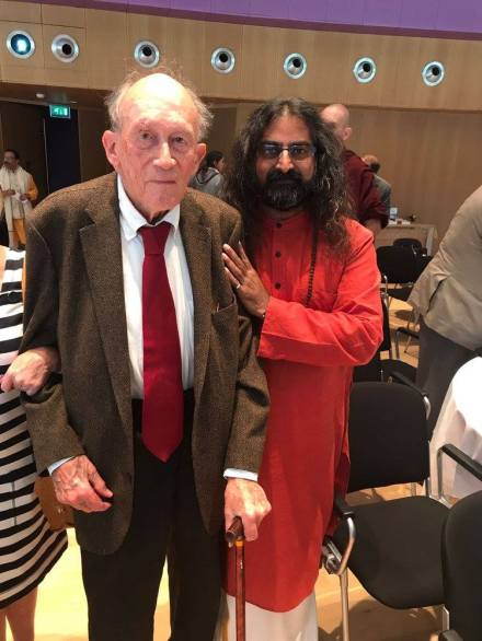 The amazing and beautiful Murshid Karimbakhsh - the founder and inspiration of the Peace Pledge event. He is 96 and still determined to touch the lives and hearts of humanity