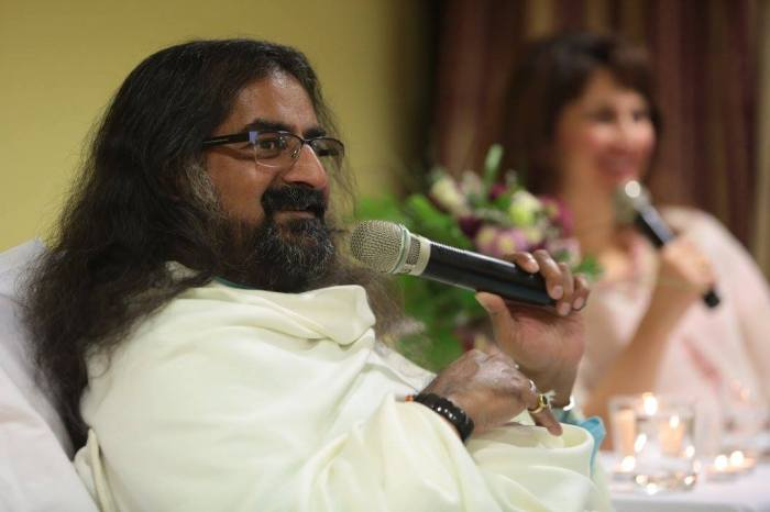 Mohanji - satsang in Skopje, Macedonia, questions, answers