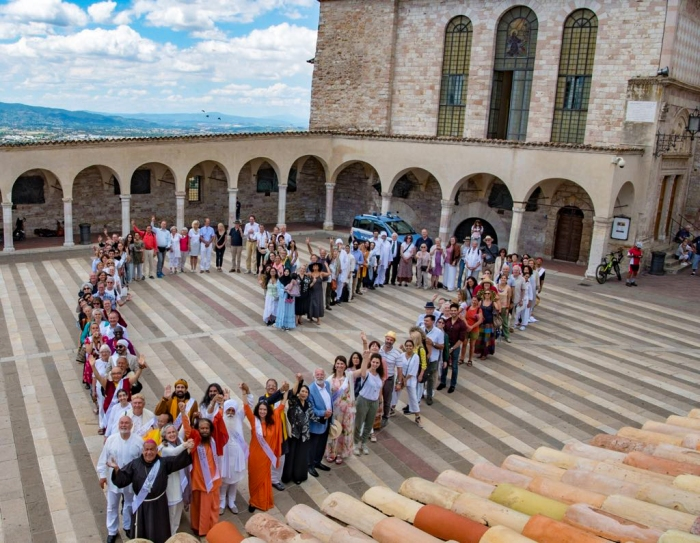 Mohanji as a peace activist in Assisi, Italy 3