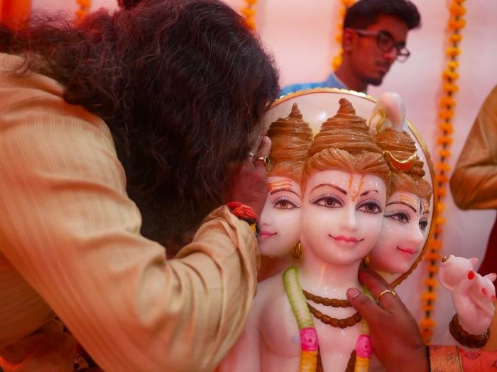 Mohanji inaugurating Datta Tapovan ashram in Canada - prana pratishta