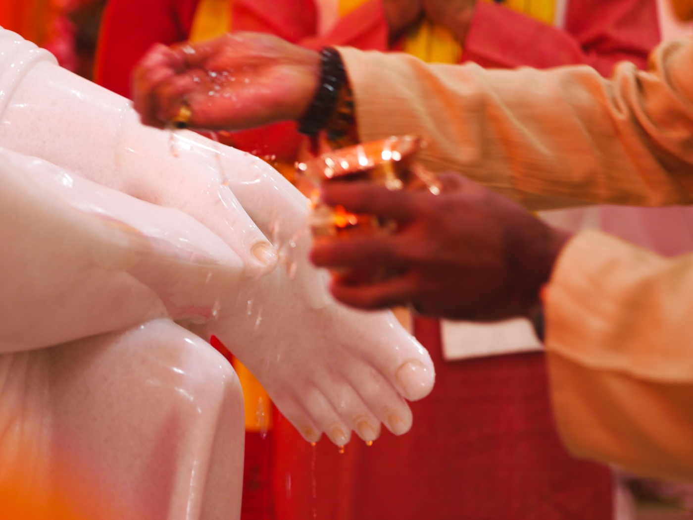 How to Surrender and Pray to Sai Baba