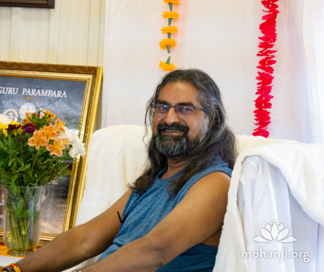 Training for Mohanji Acharyas in Canada, Day III - June 2019 (7)