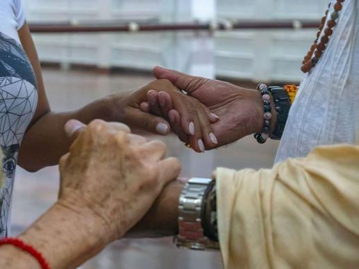hands-mohanji