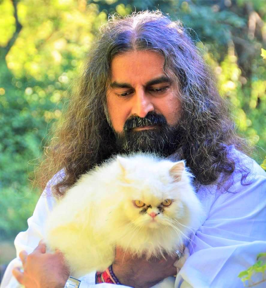 Mohanji with cat